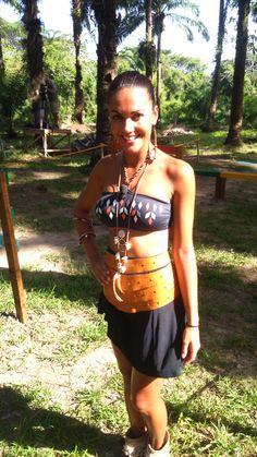Lara Álvarez con Sandalias y collar Layer Boots en Supervivientes 2015. Estilismo