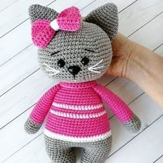 In this article we share amigurumi animal free crochet patterns. I wish you enjoyable knitting. Amigurumi toys are beautiful. Crochet Animal Patterns, Stuffed Animal Patterns, Crochet Patterns Amigurumi, Crochet Animals, Crochet Toys, Free Crochet, Knit Crochet, Pattern Pictures, Yarn Crafts