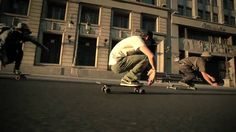 MADRID LONGBOARD - skateboarding through Madrid. Beautiful look at the city, could also use with por & para.