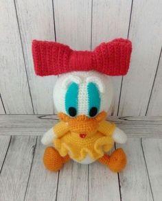 Crochet Webby Duck - free amigurumi pattern