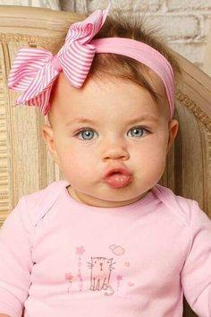 chubby little baby So Cute Baby, Baby Kind, Pretty Baby, Baby Love, Cute Kids, Cute Babies, Precious Children, Beautiful Children, Beautiful Babies