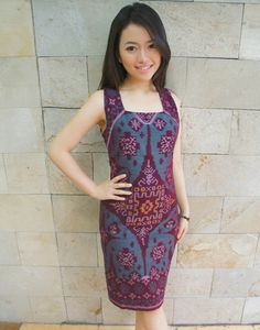 Signature Cut Dress Tosca Purple Tenun | batik kultur