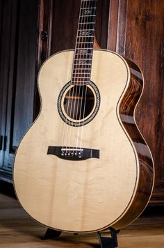 PRS Collection 5 Tonare Grand Macassar Bearclaw European spruce 2012 N Prs Guitar, Acoustic Guitars, Guitar Store, Paul Reed Smith, Bear Claws, Guitar Building, Wide Body, Jimi Hendrix, Perfect Match