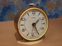 Reloj despertador antiguo marrón Rostov