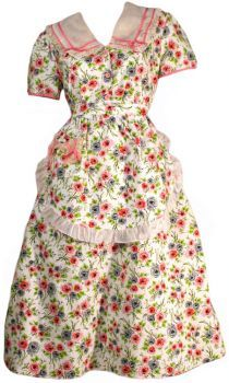 1940s Vintage Dress With Matching Apron.This makes me want to bake a pie...