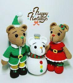 Elf is here❄. Christmas bears pattern can buy at www.etsy.com/shop/MKRHO . . . . . . ##amigurumi #doll #handmade #christmasbear #christmasfairy #pattern #amigurumipattern #snowman#christmas #코바늘인형 #코바늘패턴 #인형스타그램 #아미구루미 #인형 #셀스타그램 #인형도안#크리스마스#산타