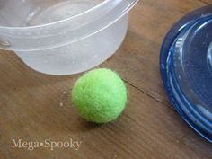 Mega•Crafty: Tip: Easy way to make felted balls.  --  This is a great tutorial for shaking and making a wet felted ball in about 5 minutes. Just think of all the cute little projects you could make: felt acorns, a felt ball garland, felt balls instead of pom-poms for plushies!  And although I filed this pin under needled, they are not needle felted, just wet felted.
