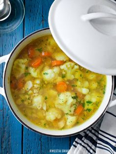Cauliflower Soup I'd try it Soup Recipes, Vegetarian Recipes, Cooking Recipes, Healthy Recipes, Healthy Soup, Healthy Cooking, Healthy Eating, Cauliflower Soup, Cauliflower Recipes