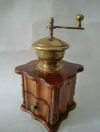 Bildergebnis für antike Kaffeemühlen