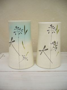 Porcelain vase dragonfly Hand thrown porcelain vases, part of my 2010 collection. Porcelain Jewelry, Fine Porcelain, Porcelain Ceramics, Ceramic Pottery, Japanese Porcelain, Pottery Painting, Ceramic Painting, Ceramic Artists, Clay Vase