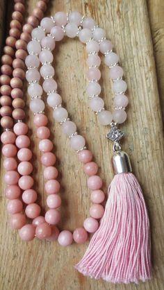 Charm- & Bettelketten - Mala Kette Rosenquarz Quaste silber rosé Lotus - ein Designerstück von weibsbild bei DaWanda