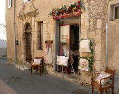 Google Afbeeldingen resultaat voor http://centralresa.villasdumonde.fr/imagesUP/villes/602/old-doorway-shop.jpg