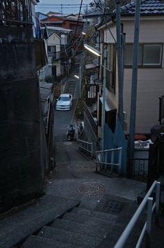 夜散歩のススメ「V字谷のV字型階段」東京都板橋区