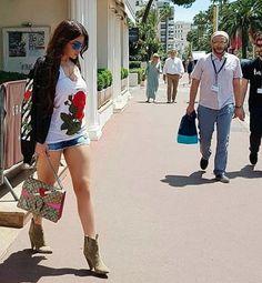 Arab Fashion, Races Fashion, Fashion Art, Haifa Wehbe, Selena Gomez Pictures, Most Beautiful Models, Dramatic Makeup, Photography Poses Women, Great Legs