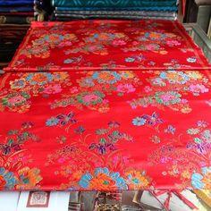 #hangzhou #silk #brocade #red #back #with #green #blue #purple #flower (在 jiankang Rd155# Chenxiang Fabric store)