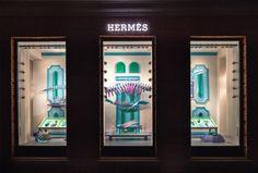 Hermes_window_display_02