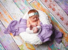 This absolutely adorable baby portrait from Angie Ochoa Photography features our popular and gorgeous Floral Planks from Backdrop Express! Bring your newborn photography up a notch with a creative and vibrant floordrop.