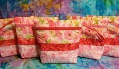 Quilted Zipper Bag - Free Sewing Tutorial by Luann Kessi