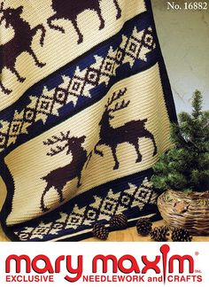 Stag Afghan - Crochet this afghan using Mary Maxim Worsted Weight yarn. Crochet Deer, Crochet Cross, Crochet Yarn, Crochet Blankets, Crochet Hoodie, Tapestry Crochet, Crochet Gifts, Christmas Afghan, Crochet Afgans