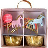 Amazon.com: Meri Meri Rainbows and Unicorns Large Plates and Napkins -- Includes 12 Plates and 16 Napkins: Health & Personal Care