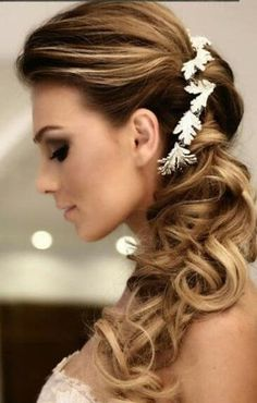 side swept hairstyles with some type of floral accent Wedding Bun Hairstyles, Side Swept Hairstyles, Pixie Hairstyles, Braided Hairstyles, Off White Lace Dress, Ivory Lace Wedding Dress, Waterfall Curls, Bridesmaid Hair Side, Hair Videos