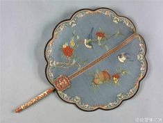 Scenes of 12 months in Chinese painting from Qing dynasty (attributed to Tang Dai, Ding Guan Peng) Antique Fans, Vintage Fans, Chinese Fans, Chinese Style, Chinese Makeup, Jewelry Design Drawing, Chinese Embroidery, Dance Accessories, The Royal Collection
