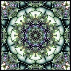 Green & lavender mandala -  love purple love green, how beautiful they look together