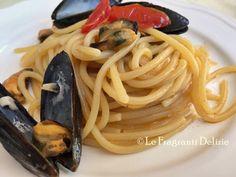 Spaghetti con pomodorini e cozze un primo piatto veloce e saporito.