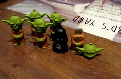 A gift idea for Star Wars fans - Yoda and Darth Vader memory sticks <3 £10