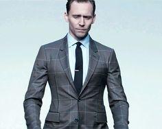Tom Hiddleston 'Man of the Year'. Video: https://vimeo.com/200350408 (Via Torrilla)