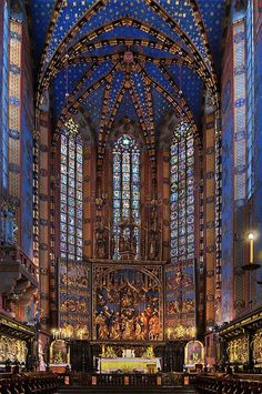 Stained Glass ~ The altarpiece of Veit Stoss in Basilica of the Virgin Mary's at the Grand Square, Krakow, Poland