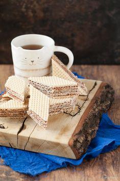 Wafle kakaowe z mlekiem w proszku   Cukry Proste Tray, Mugs, Tableware, Home Decor, Dinnerware, Decoration Home, Room Decor, Tumblers, Tablewares