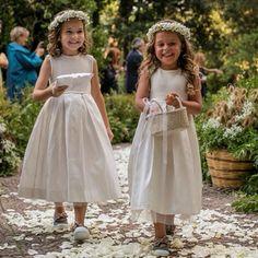 #EnzoMiccio Enzo Miccio: Con la loro tenerezza e il loro sorriso le #flowergirl sanno dare un tocco di magico ad ogni #specialwedding #wedding #weddings #abitodasposa #love #amazing #flowergirls #weddingdress #topwedding #luxurywedding #weddingplanner #enzomiccio #magicmoments #bride #bridal #bridaldress #bouquet #flowers #dream #dress #enzomicciobridalcollection #flowerdecoration #matrimonio #sposa