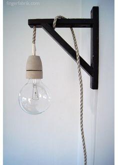Ikea diy lamp. Naast bed