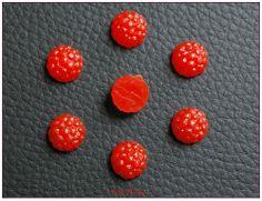 Petite framboise cabochon miniature résine pour créations gourmandes fimo kawaii x1 : Pâtes polymères et accessoires par lilycherry