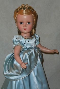 "Lovely 14"" Madame Alexander Cinderella with Glass Slippers 