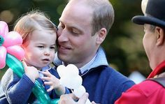 Adorable Prince George and Princess Charlotte carry out first official joint engagement - Yahoo7