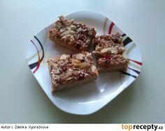 Zdravý jablečný koláč s ovesnými vločkami a šmakounem