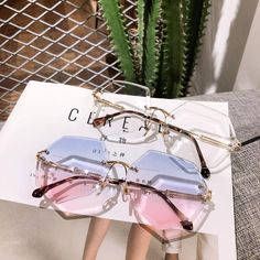 Please visit our website for Cool Glasses, Glasses Frames, Cute Jewelry, Jewelry Accessories, Fashion Accessories, Cute Sunglasses, Sunglasses Women, Sunnies, Lunette Style