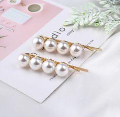 Gyöngyös hajcsat 2db/cs Pearl Earrings, Pearls, Jewelry, Fashion, Jewellery Making, Moda, Bead Earrings, Beads, Jewelery