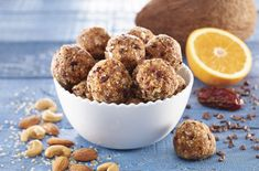 Boules d'énergie « presque Cacao Cru, Dog Food Recipes, Cereal, Muffin, Keto, Lunch, Breakfast, Desserts, Cinnamon Tea