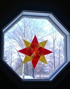 The Waldorf Star- Click for instructions on how to make this easy and beautiful craft!  waldorf, star, crafts, paper, origami, art, window, sun, catcher, easy, fun, quick, simple, fold, children, kids, spring, summer, winter, weather, cold, warm, sun
