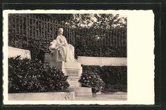 Alte Ansichtskarte: AK Kaiserin Elisabeth (Sissi) von Österreich-Denkmal Elisabeth 1, Sissi, Kaiser, Polaroid Film, Sequins