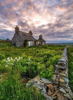 I don't tell others what to do and I don't want others telling me what to do.  This home in Scotland fits that creed.  I love being alone.