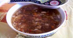 Para completar la comida china del otro día, hice esta sopa agripicante que muchos habréis visto o probado en el restaurante chino. Era una...
