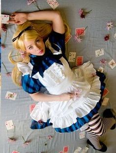 Alice au Pays des Merveilles / Alice in Wonderland Halloween Costume