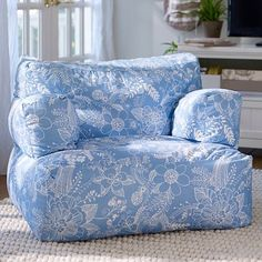 Bedding Furniture Decor For Bedrooms Dorm Rooms Christine Martin Chairs In Which To Curl Up