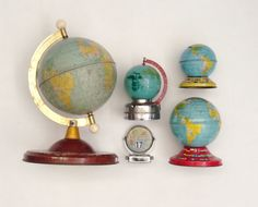 Photo by instapam World Globes, Its A Wonderful Life, Cartography, Dream Catcher, Artsy, Cool Stuff, Nice Things, Maps, Articles
