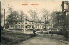 a felügyelőségi épület 1909-ben feladott képeslapon, jobbra a Margit fürdő hátsó homlokzatának köríves része