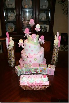 cute table decorations that can be given to Stacey after the shower  - baby blankets, washcloths, etc. :)